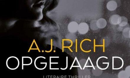Opgejaagd  – A.J. Rich