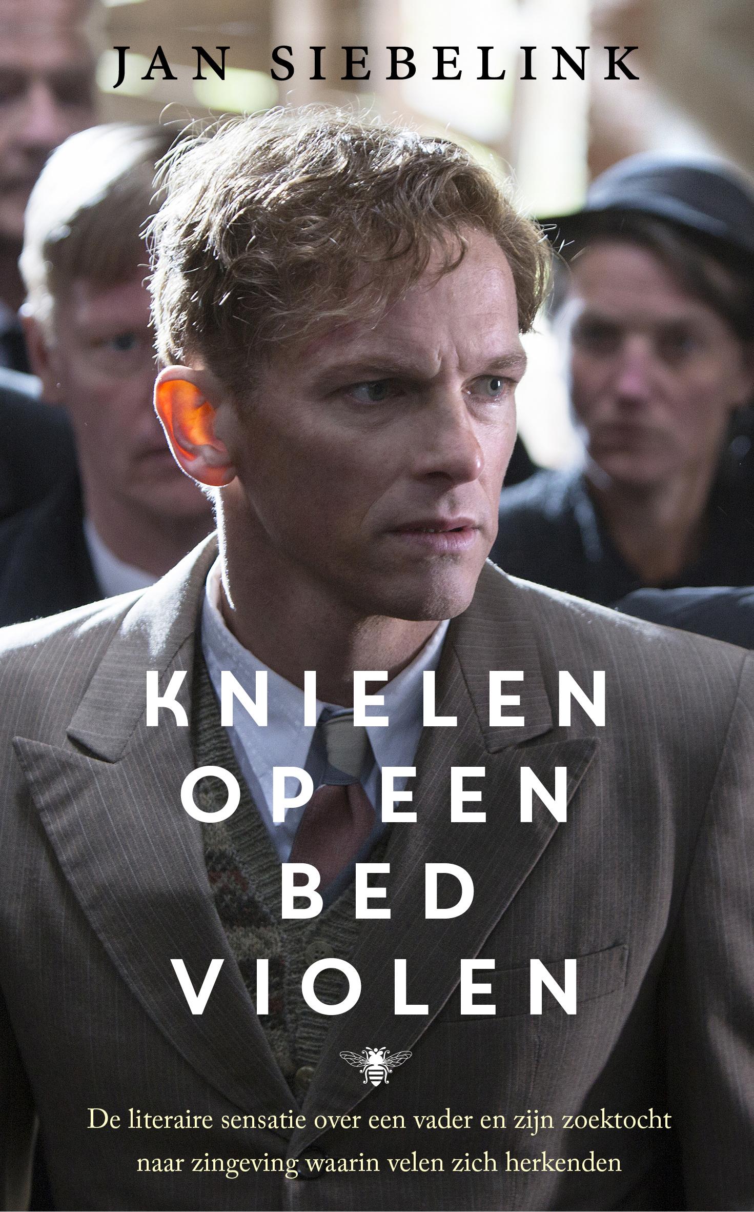 Knielen op een bed violen – Jan Siebelink